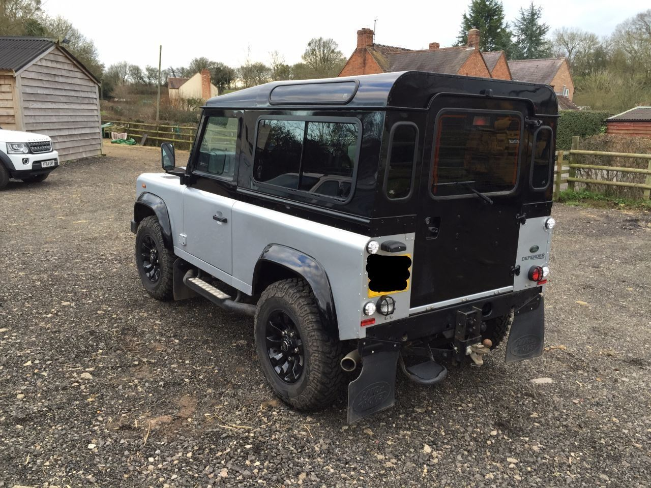 2012 Land Rover Defender Autobiography TDCi [2.2]