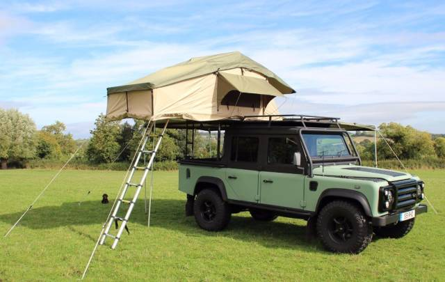 2003 Land Rover Defender 2.5 XS Double Cab PickUp Td5