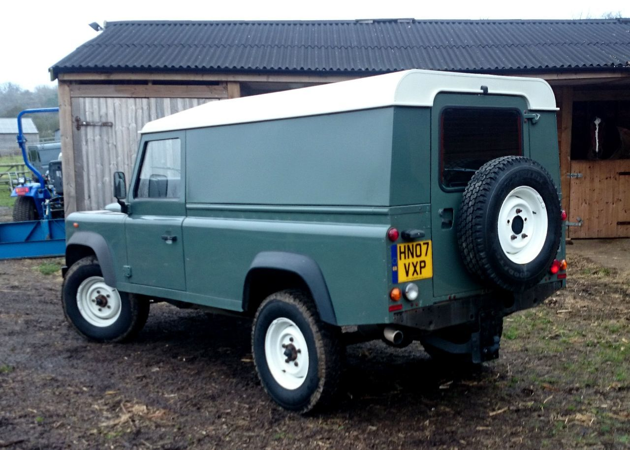 used land rover defender defender 110 hard top for sale in. Black Bedroom Furniture Sets. Home Design Ideas